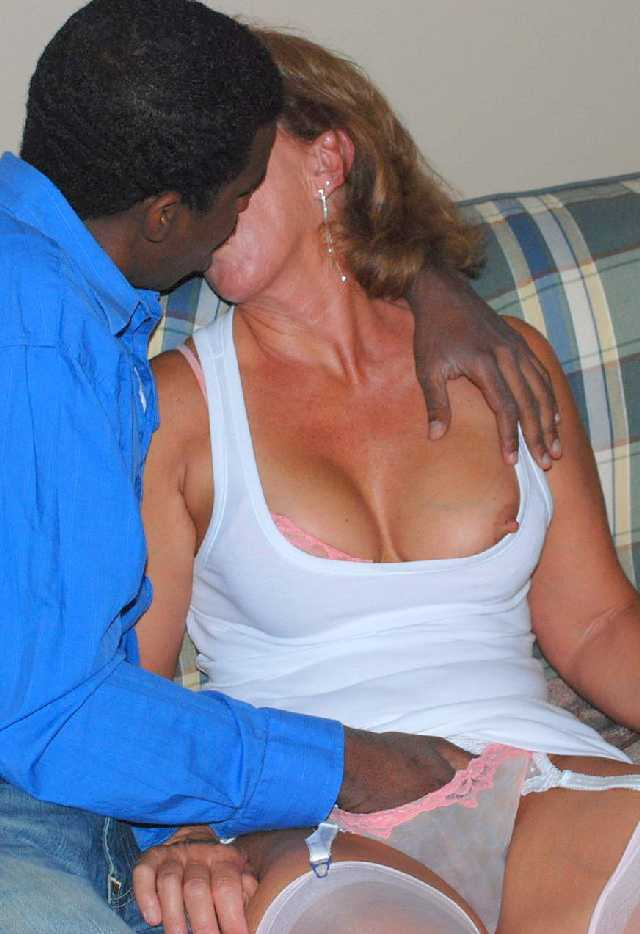Wifes having sex and black men — photo 5